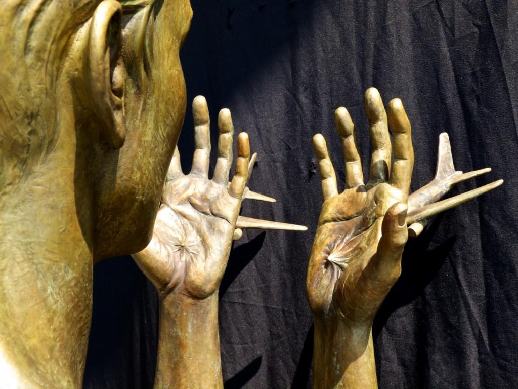 Meredith Bergmann's 9-11 memorial sculpture